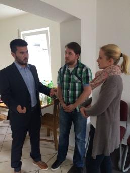 Unser Kurator Hr. Muradi im Gespräch mit Hr. Butzke und Fr. Drossert